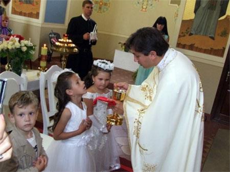Синод єпископів УГКЦ проголосив Інструкцію щодо причастя немовлят і дітей в УГКЦ